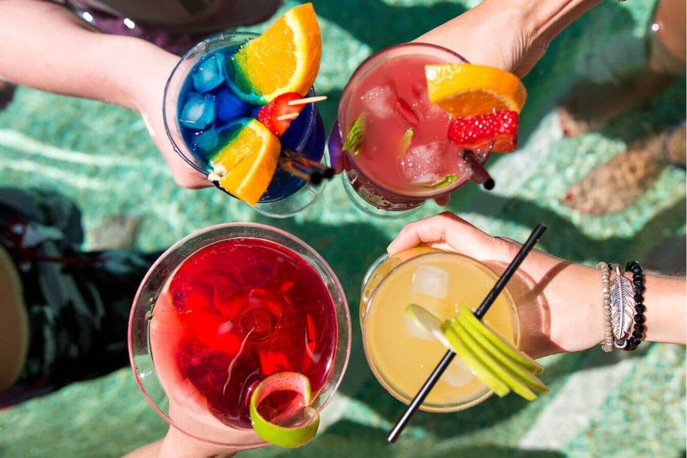 Retete_delicioase_si_simplu_de_preparat_pentru_cocktailuri