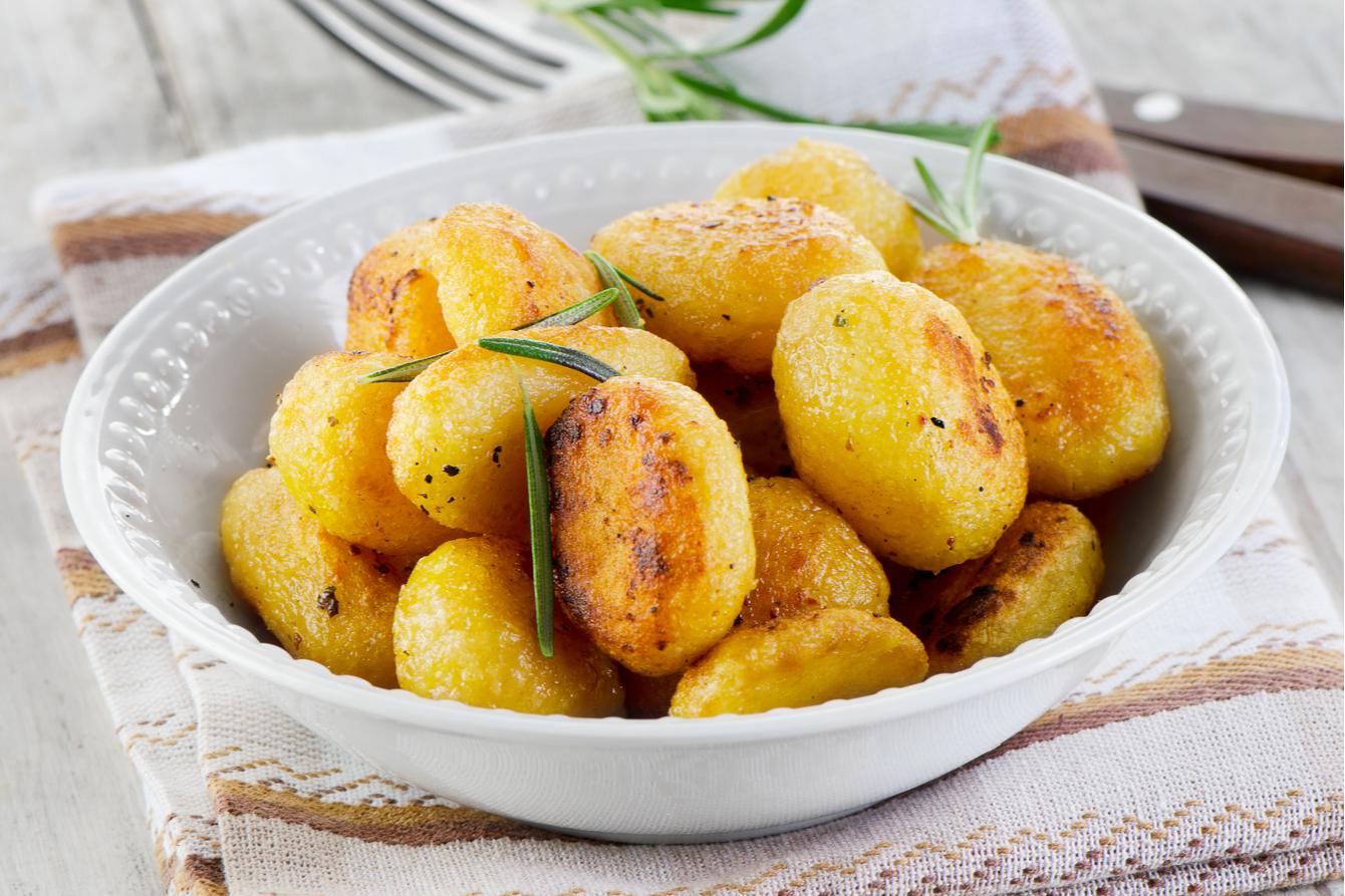 arctic cartofi la cuptor cu lamaie
