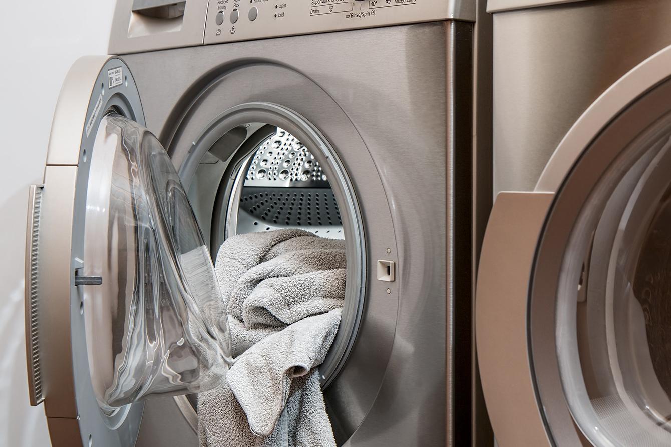 Beko_7 sfaturi pentru a impiedica decolorarea hainelor_3