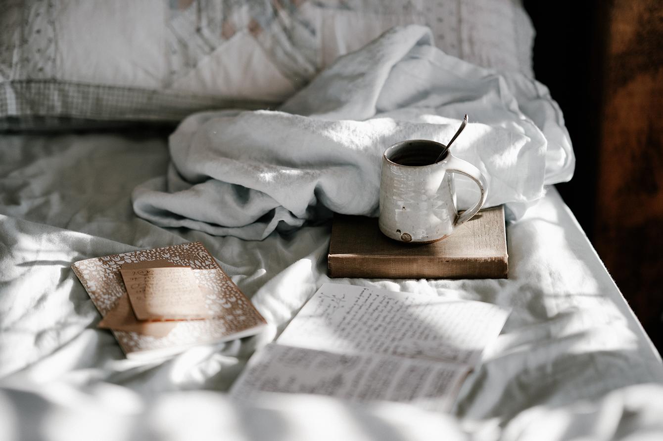 cum speli asternuturile de pat 1