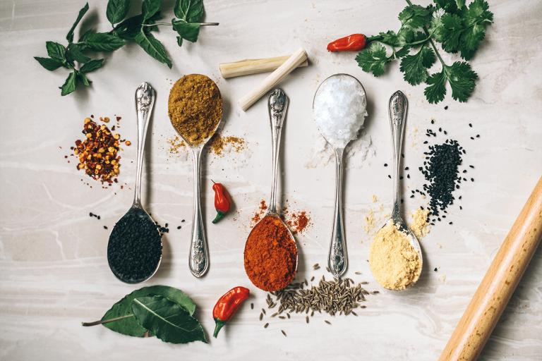 arctic - lista condimentelor pe care trebuie sa le ai in bucatarie