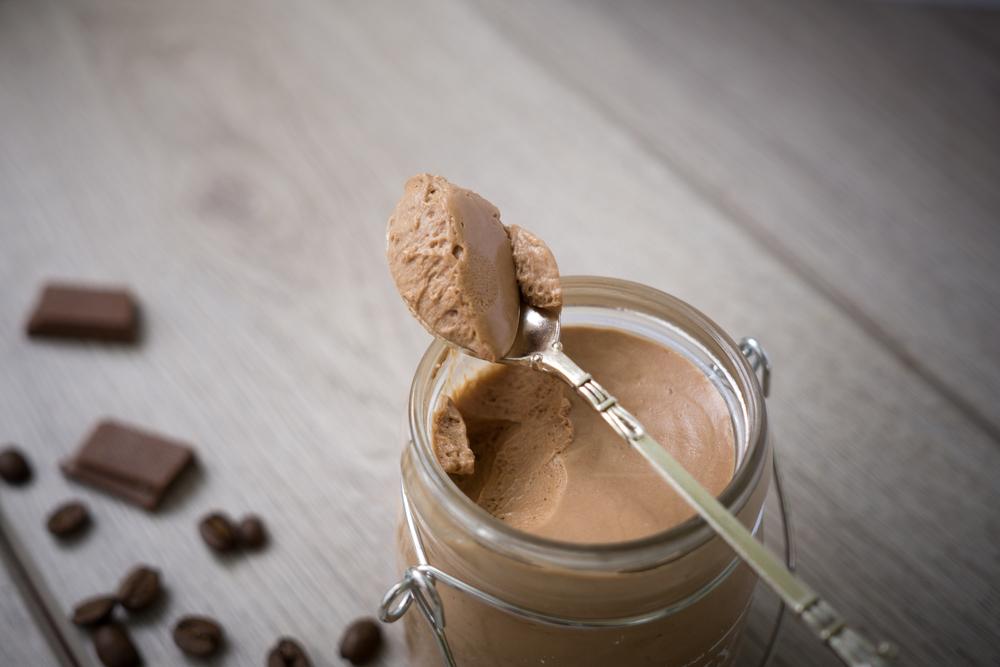 retete-cafea-rece-mousse-ciocolata