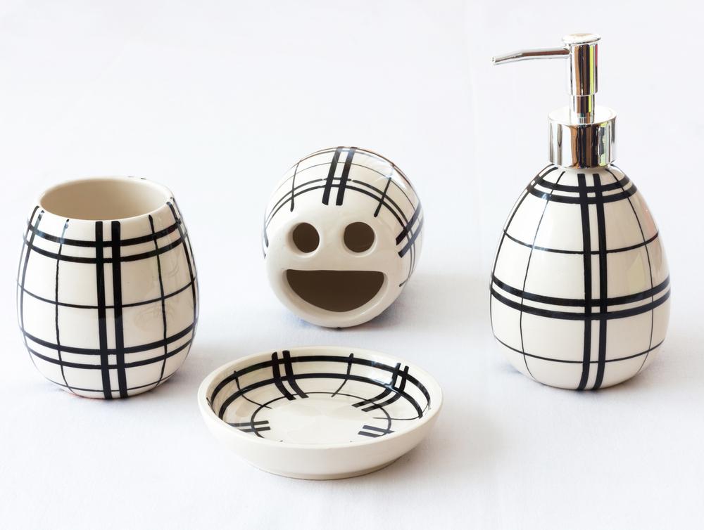 cadouri-casa-noua-set-ceramica-accesorii-baie
