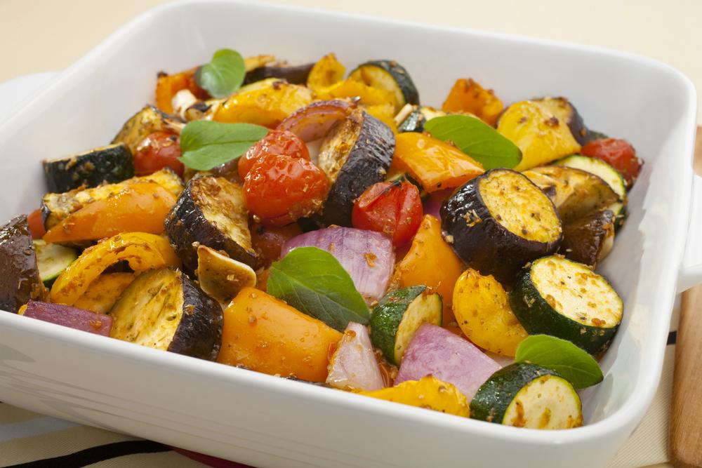 Reteta legume la cuptor cu ierburi aromatice