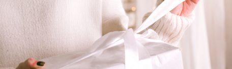 Idei de cadouri pentru 1 martie: cum faci alegerea potrivita